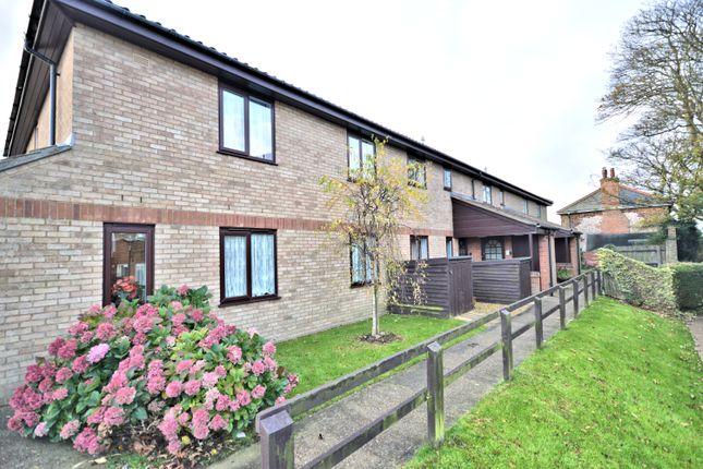 Thumbnail Flat for sale in Silfield Gardens, Hunstanton