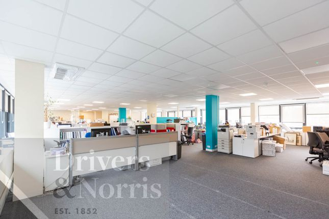 Thumbnail Office to let in Park Cottages, Hendon Lane, London