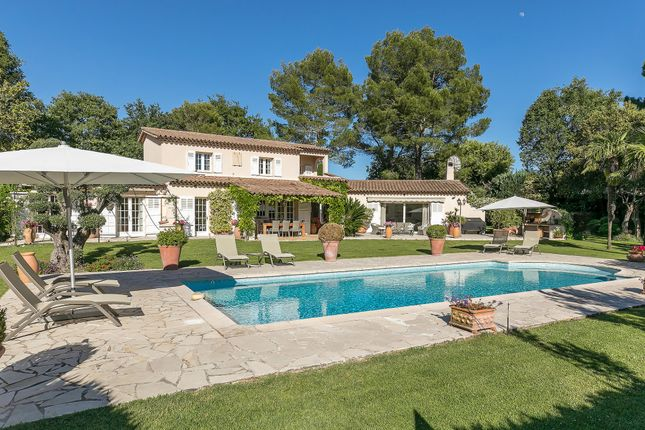 Villa for sale in Le Rouret, Mougins, Valbonne, Grasse Area, French Riviera