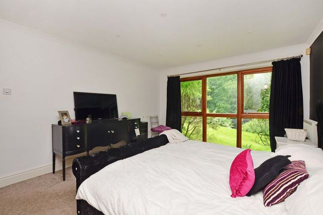Double Bedroom of Forest Edge, Whirlow, Sheffield S11