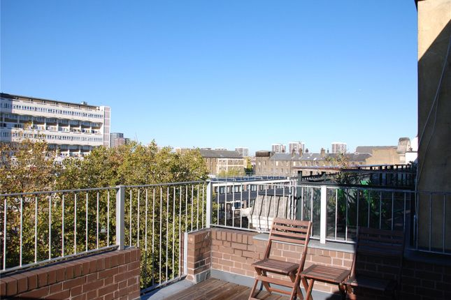 Thumbnail Flat to rent in South Stables, 138 Kingsland Road, Shoreditch, London