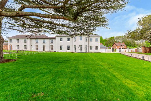 5 bed property for sale in Village Road, Clifton Village, Nottingham NG11