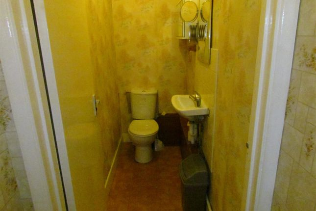 Grd Flr WC of Willow Road, Chadwell Heath, Romford RM6