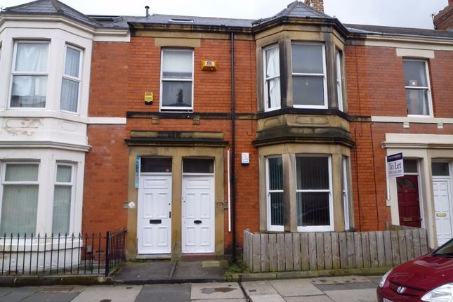 Thumbnail Flat to rent in Hazelwood Avenue, Jesmond, Newcastle Upon Tyne, Tyne And Wear