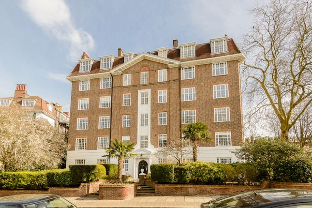 Thumbnail Flat for sale in Glenmore House, Richmond, London