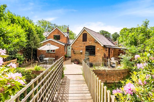 Thumbnail Cottage for sale in Old Romsey Road, Cadnam, Hampshire