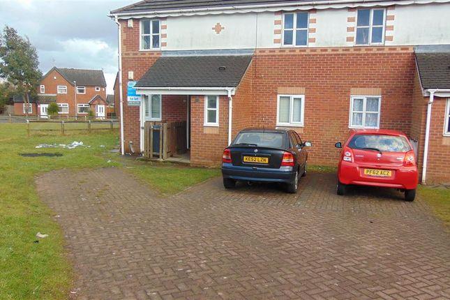 Thumbnail Maisonette for sale in Garswood Road, Bolton, Bolton