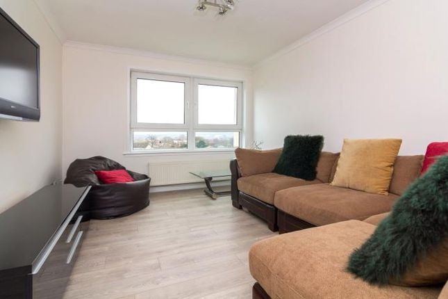 Thumbnail Flat to rent in North Gyle Grove, East Craigs, Edinburgh