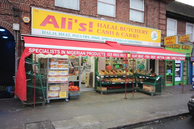 Thumbnail Retail premises to let in Watling Avenue, Burnt Oak
