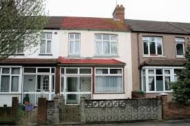 Thumbnail Terraced house to rent in Island Road, London