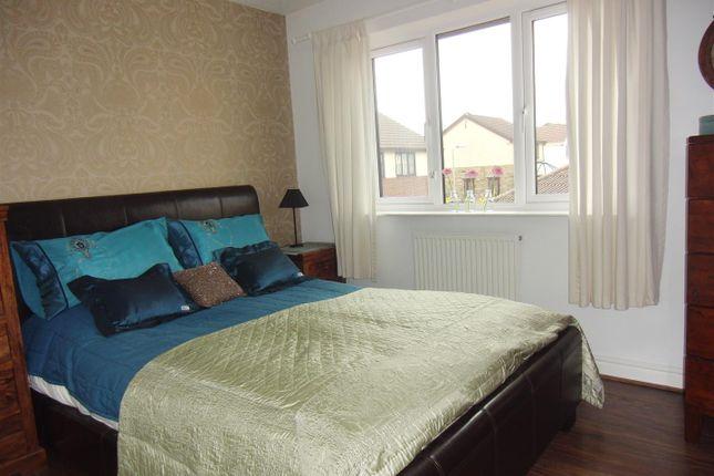 Bedroom One of Hopefield Way, Rothwell, Leeds LS26