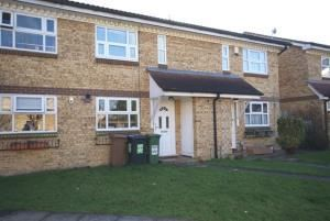 Thumbnail Property to rent in Rochford Drive, Luton