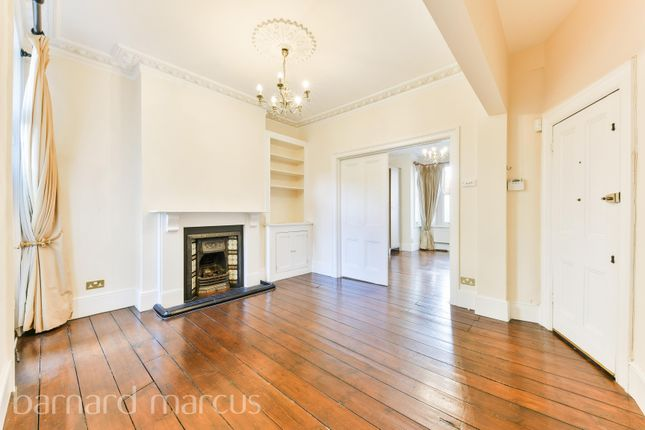 Thumbnail Flat to rent in Whellock Road, Chiswick, London