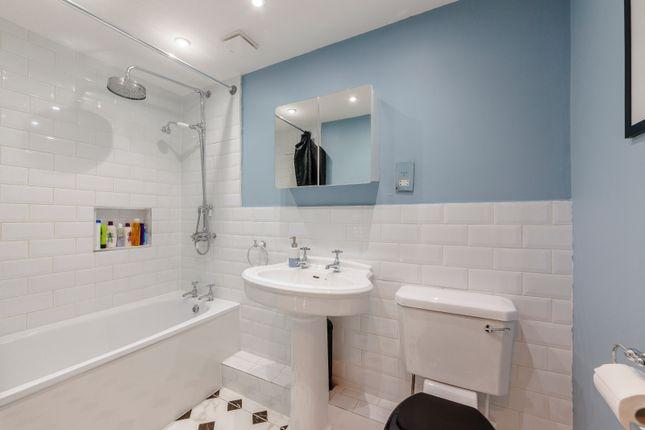 Family Bathroom of Chestnut Road, Twickenham TW2