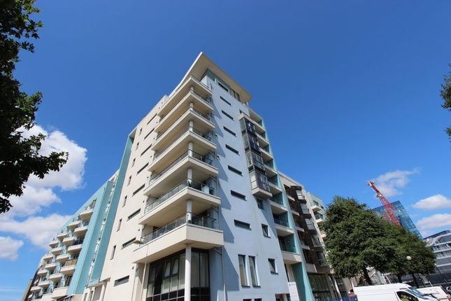 Thumbnail Flat for sale in Ocean Way, Ocean Village, Southampton