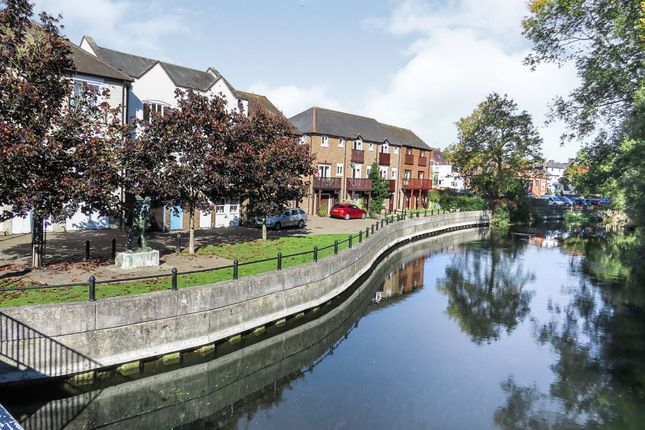 Thumbnail Property for sale in Riverside Place, Fordingbridge