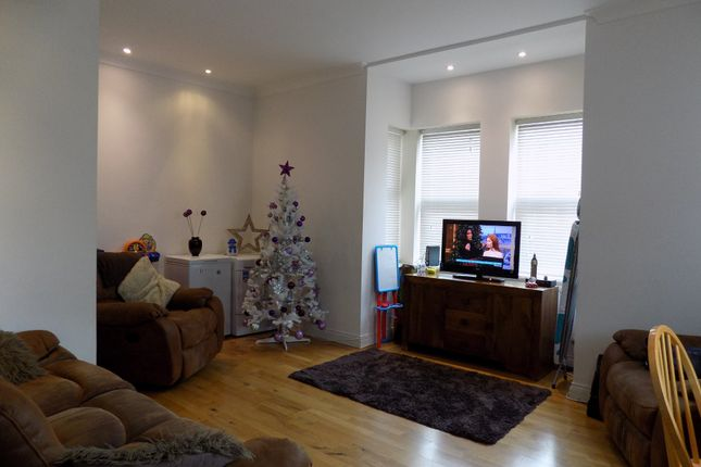 Thumbnail Flat to rent in Bedhampton Road, Portsmouth, Hampshire