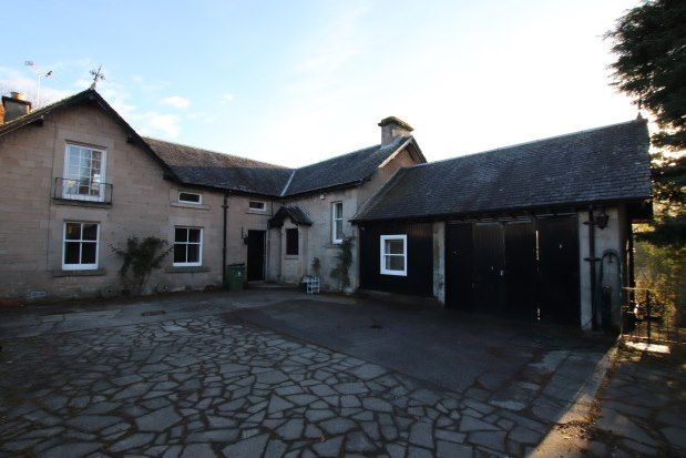 4 bed property to rent in Balkerach Street, Doune FK16