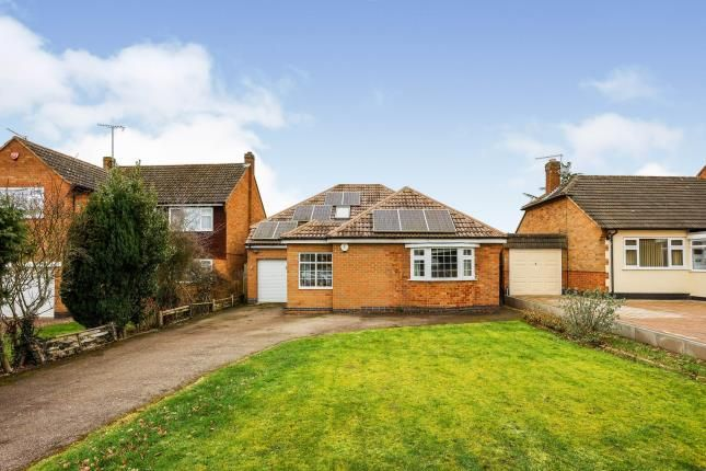 Thumbnail Bungalow for sale in Ringers Spinney, Oadby, Leicester, Leicestershire