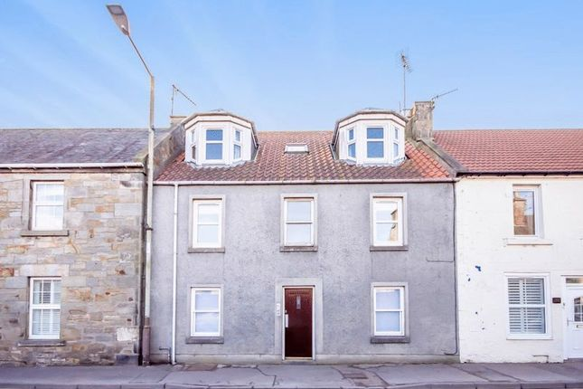 Thumbnail Flat for sale in High Street, Kinross