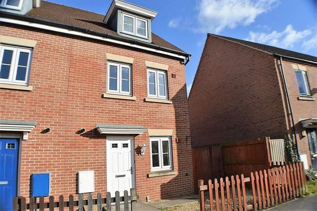 Thumbnail Property to rent in Leeming Walk Kingsway, Quedgeley, Gloucester