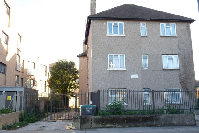 2 Bed Ground Floor Flat With A New Lease Of 125 Years