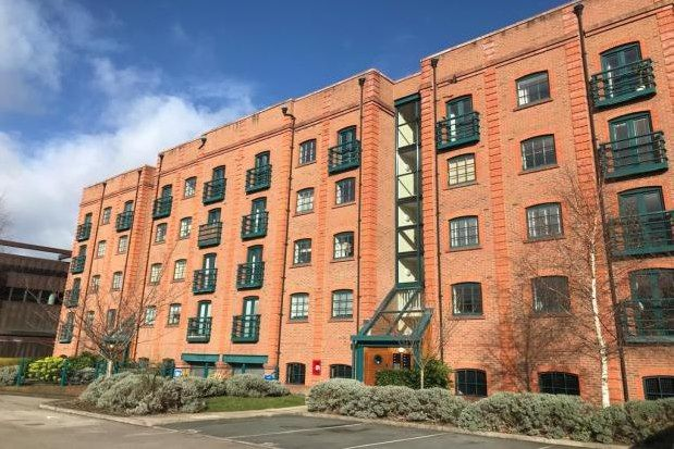 2 bed flat to rent in Wharton Court, Chester CH2