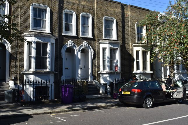 4 bed terraced house to rent in Bancroft Road, London E1