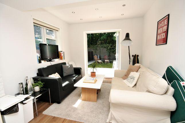 Thumbnail Duplex to rent in Wightman Road, Haringey