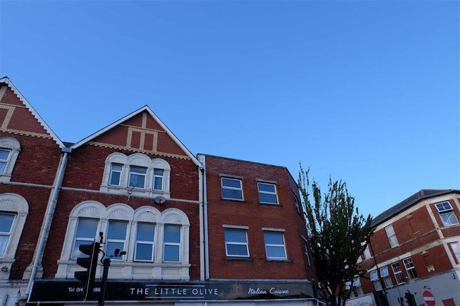 Thumbnail Maisonette to rent in Broad Street, Barry, Vale Of Glamorgan