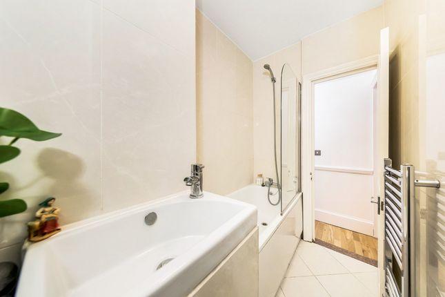 Bathroom of Railton Road, Herne Hill, London SE24