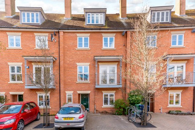 Thumbnail Town house for sale in William Lucy Way, Oxford