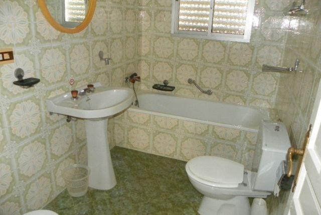 Main Bathroom of Spain, Málaga, Alhaurín El Grande