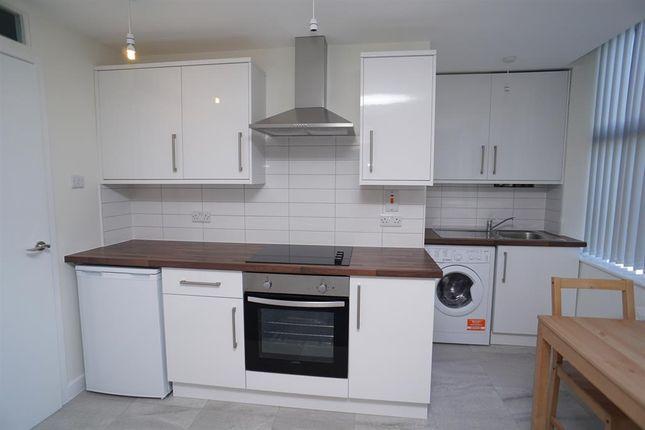 Kitchen Area of Montgomery Terrace Road, Sheffield S6