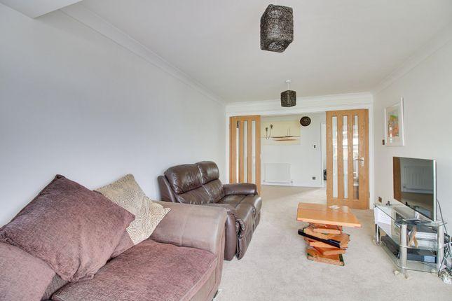 Living Room of Charlemont Road, Teignmouth TQ14