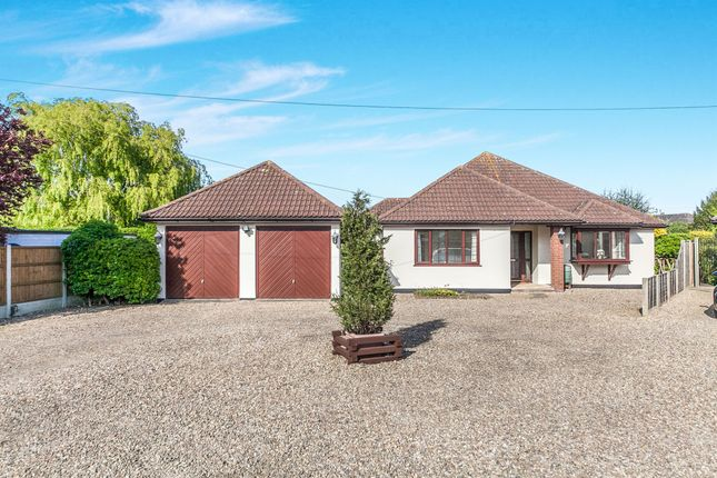 3 bed detached bungalow for sale in Rectory Road, Weeley Heath, Clacton-On-Sea
