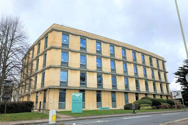 Office to let in St. James Square, Cheltenham