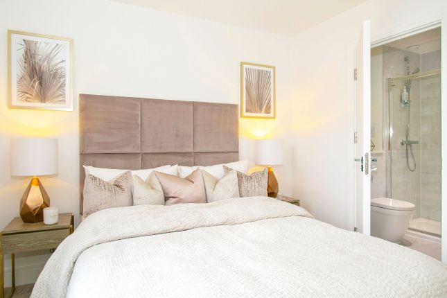 2 bed flat for sale in Radcliffe Road, Southampton SO14