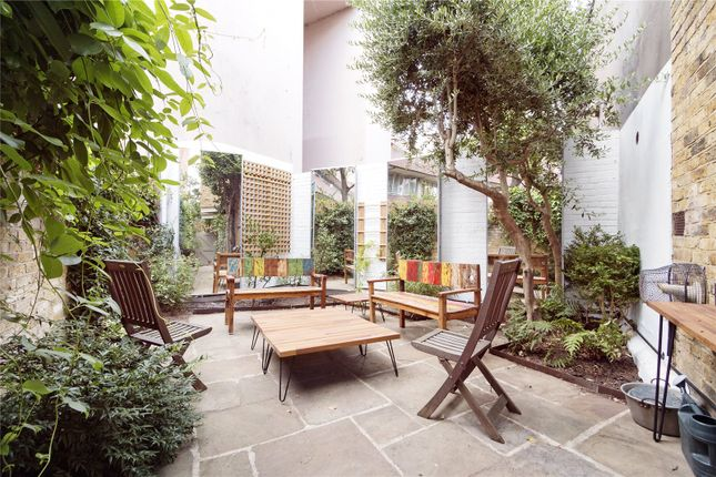 Thumbnail End terrace house to rent in Doughty Mews, London