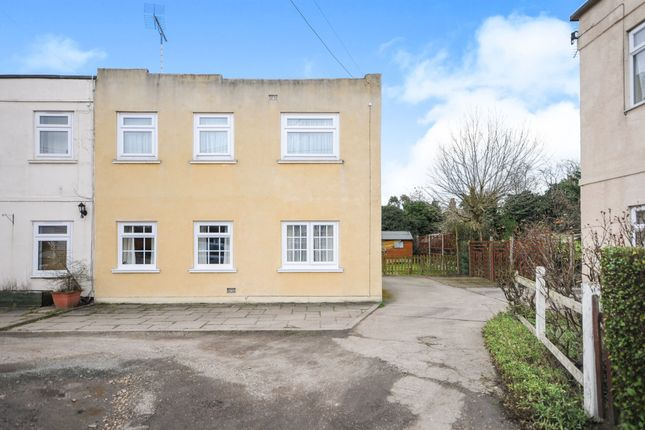 Thumbnail Maisonette for sale in Clockhouse Way, Braintree