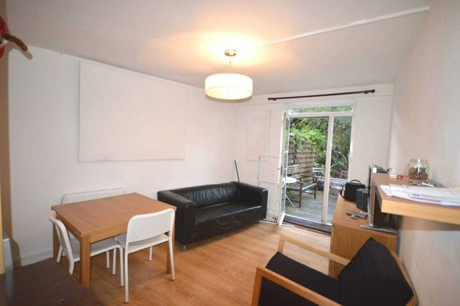 Thumbnail Flat to rent in Mace Street, London
