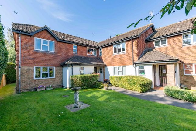 2 bed property for sale in Deacon Court, Godstone Road, Lingfield RH7