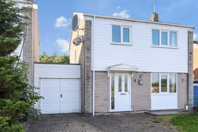 Thumbnail Detached house for sale in Kenilworth Road, Macclesfield, Cheshire