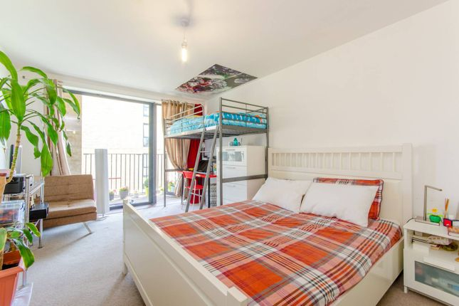 Thumbnail Flat for sale in New Festival Quarter, Poplar