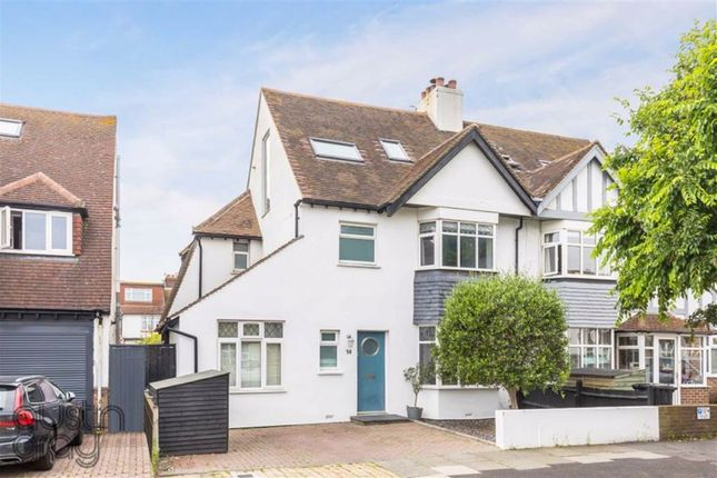 St Keyna Avenue, Hove, East Sussex BN3