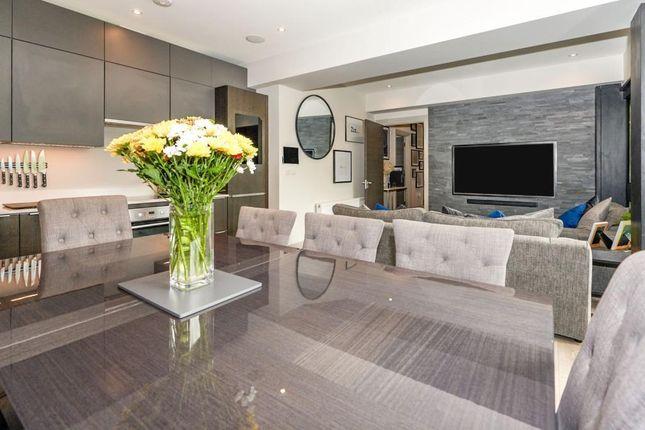 2 bed flat for sale in Victoria Villas, Richmond TW9