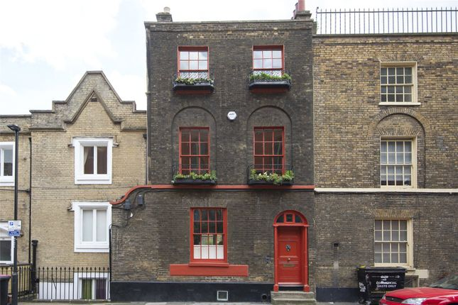 Thumbnail Property for sale in Newark Street, London