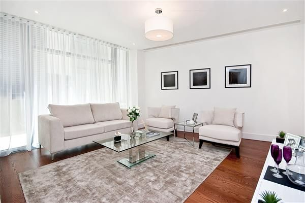 Thumbnail Flat for sale in The Knightsbridge, Knightsbridge