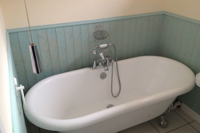 Bathroom of Herne Road, Ramsey St Mary's, Huntingdon PE26