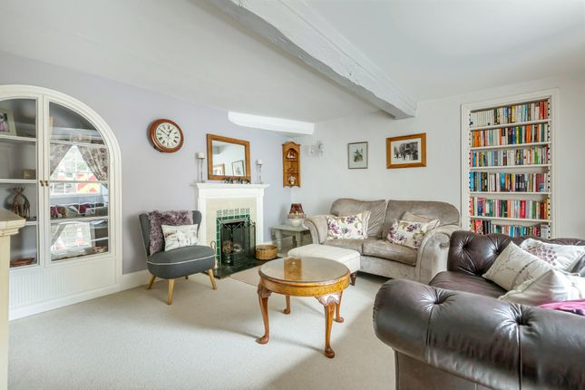 Thumbnail Terraced house for sale in Church Street, Faringdon